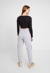 Missguided - UTILITY POCKET HIGH WAISTED JOGGERS - Pantalones deportivos - grey - 3