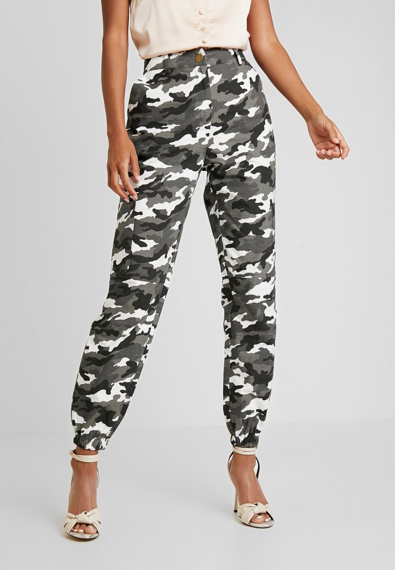 Missguided - HIGH WAISTED CAMO TROUSERS - Cargohose - grey