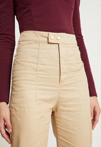 Missguided - HIGH WAISTED TROUSERS - Kangashousut - beige - 5
