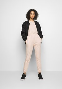 Missguided - 2 PACK BASIC JOGGER - Tracksuit bottoms - pink/grey - 1