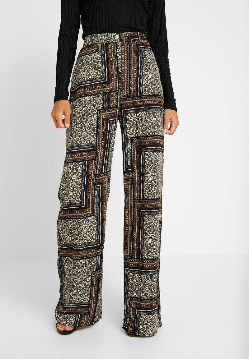 Missguided - WIDE LEG PRINTED TROUSER - Stoffhose - green
