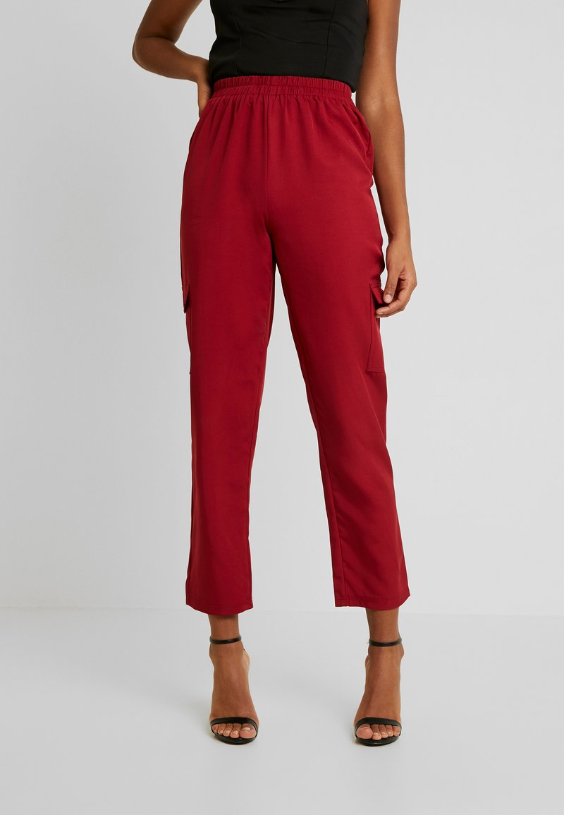 Missguided - POCKET UTILITY TROUSERS - Pantalon classique - red