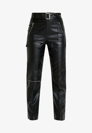 JORDAN LIPSCOMBE PU HIGH WAISTED UTILITY TROUSER - Trousers - black