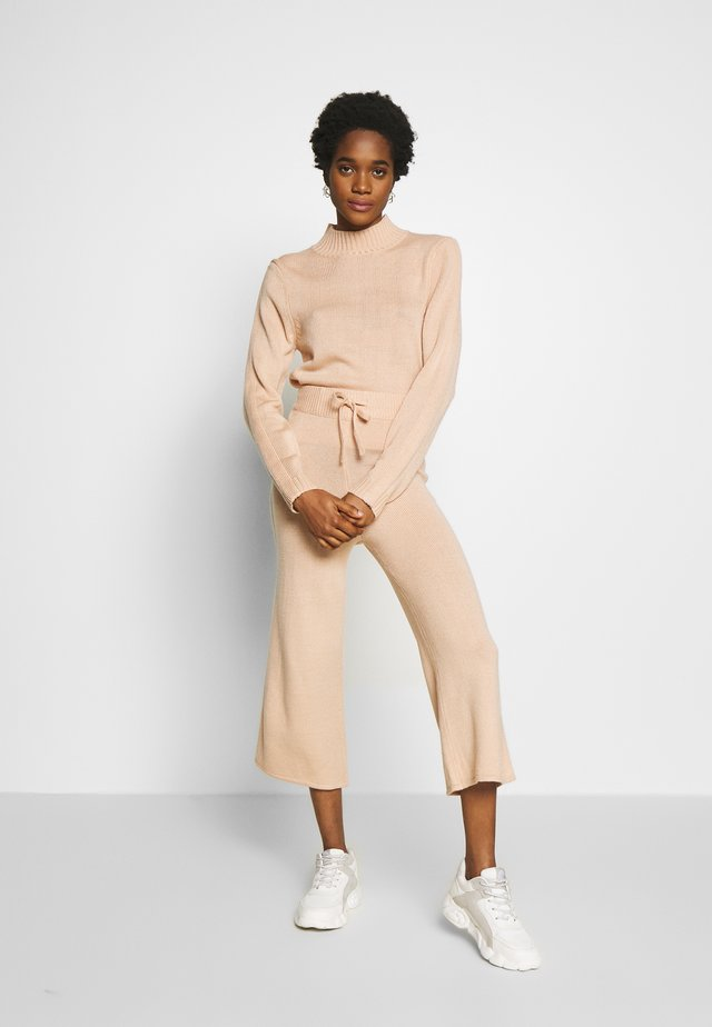 HIGH NECK SLEEVE DETAIL JOGGERS  - Jumper - pink