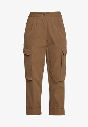 PLEAT FRONT TURN UP TROUSER - Bukse - tan