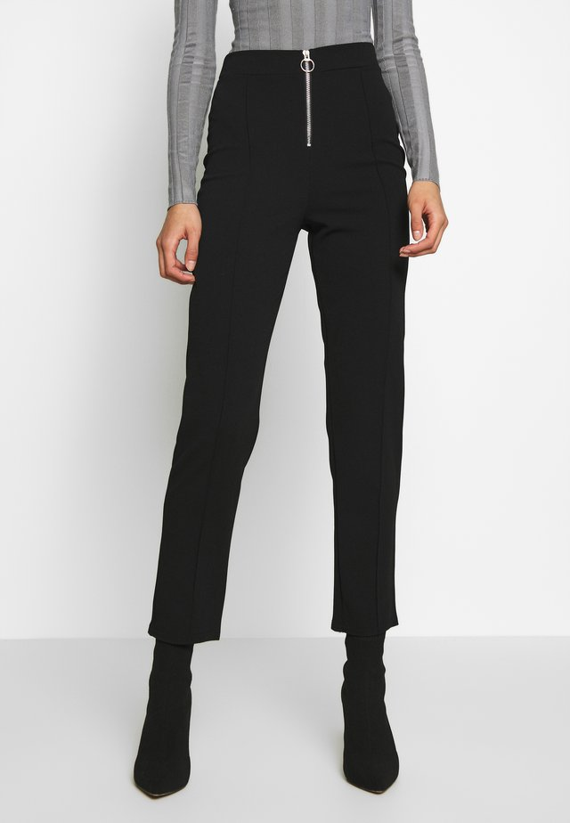ZIP FRONT CIGARETTE TROUSER - Trousers - black