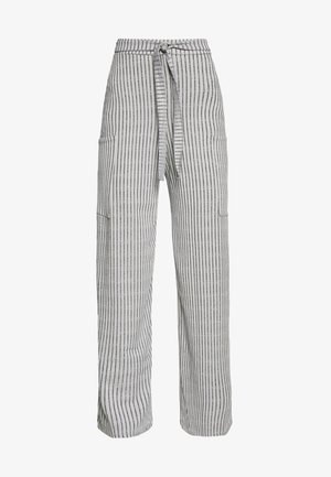 POCKET DETAIL BELTED HIGH WAISTED WIDE LEG TROUSERS  - Kalhoty - grey