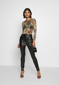 Missguided - TROUSERS - Pantaloni - black - 1