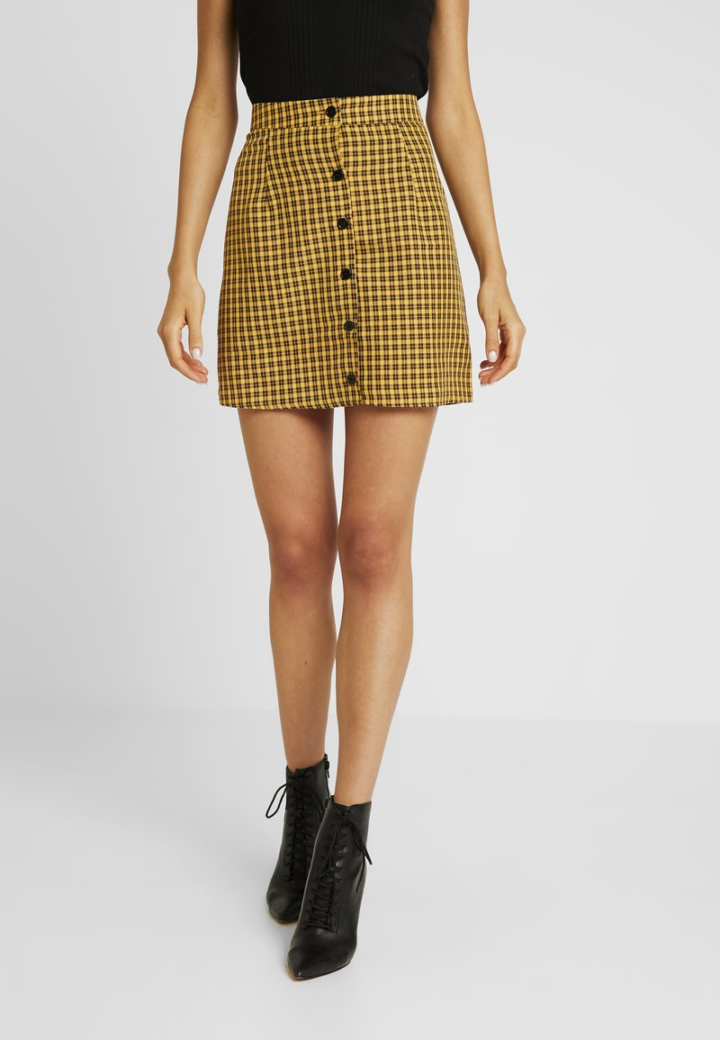 Missguided - CHECK BUTTON FRONT A LINE SKIRT - A-linjekjol - yellow