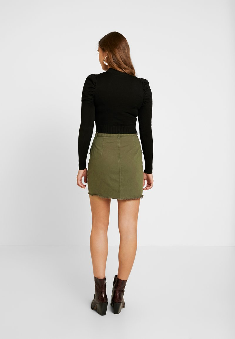 Missguided - DISTRESSED UTILITY POCKET SKIRT - A-line skirt - khaki