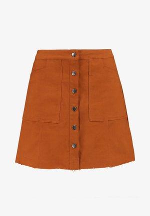BUTTON THROUGH SKIRT - Áčková sukně - rust
