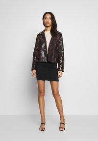 Missguided - SUPER STRETCH SKIRT - Mini skirt - black - 1