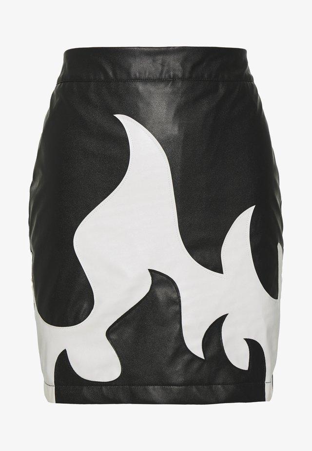 FESTIVAL EXCLUSIVE FLAME SKIRT - Mini skirt - black