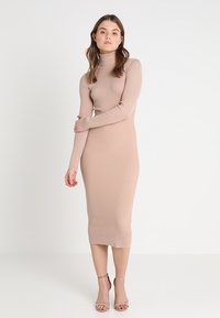 Missguided - ROLL NECK RIBBED  MINI DRESS - Abito in maglia - taupe - 0