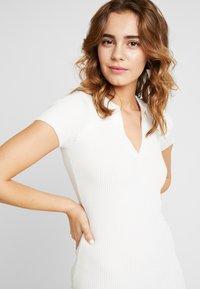 Missguided - COLLAR PLUNGE MINI DRESS - Robe fourreau - white - 5