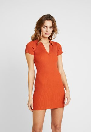 COLLAR PLUNGE MINI DRESS - Etuikjole - rust