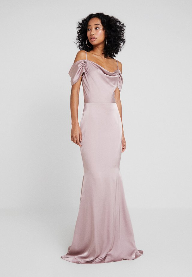 BRIDESMAID SATIN OFF SHOULDER MAXI DRESS WITH TRAIN - Occasion wear - blush pink