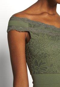 Missguided - Festklänning - green - 4