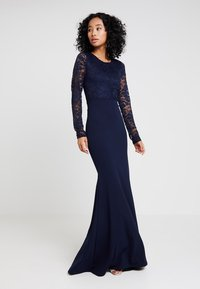 Missguided - BRIDESMAID BACKLESS LACE DETAIL FISHTAIL MAXI DRESS WITH TRAIN  - Galajurk - navy - 2