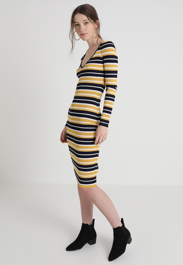 STRIPED V NECK MIDI DRESS - Jersey dress - mustard