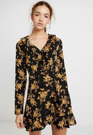 RUFFLE TEA DRESS FLORAL - Korte jurk - black