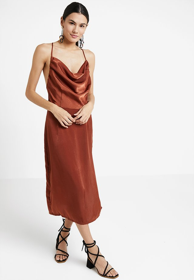 MIDI DRESS - Day dress - rust