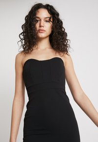 Missguided - BANDEAU BODYCON DRESS - Vestido de tubo - black - 3
