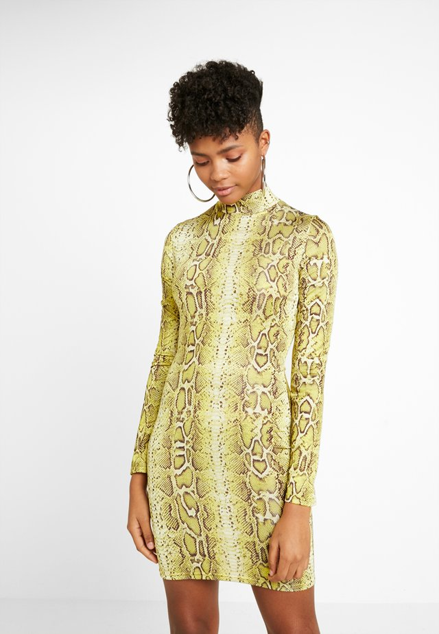 SNAKE PRINT HIGH NECK MINI DRESS - Shift dress - yellow