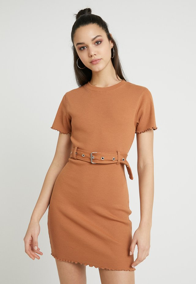 BELTED SHORT SLEEVE MINI DRESS - Jersey dress - brown
