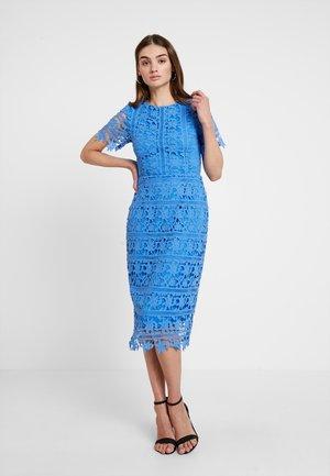 CROCHET OPEN BACK MIDI DRESS - Pouzdrové šaty - blue
