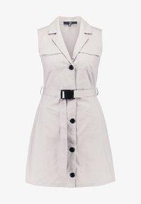 Missguided - BLAZER DRESS SLEEVELESS BELTED - Košilové šaty - stone - 4