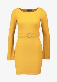 Missguided - O RING BELTED DRESS - Farkkumekko - mustard - 4