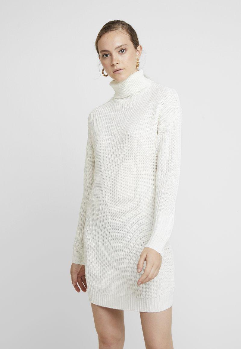 Missguided - ROLL NECK BASIC DRESS - Strickkleid - off white