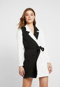 Missguided - LONG SLEEVE DRESS - Jersey dress - white - 0