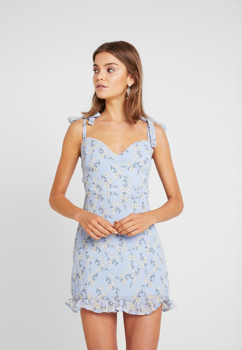 Missguided - FLORAL TIE SHOULDER MINI DRESS - Cocktailkjoler / festkjoler - blue