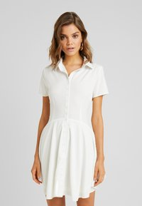 Missguided - BUTTON DOWN SKATER DRESS - Vestido camisero - white - 0