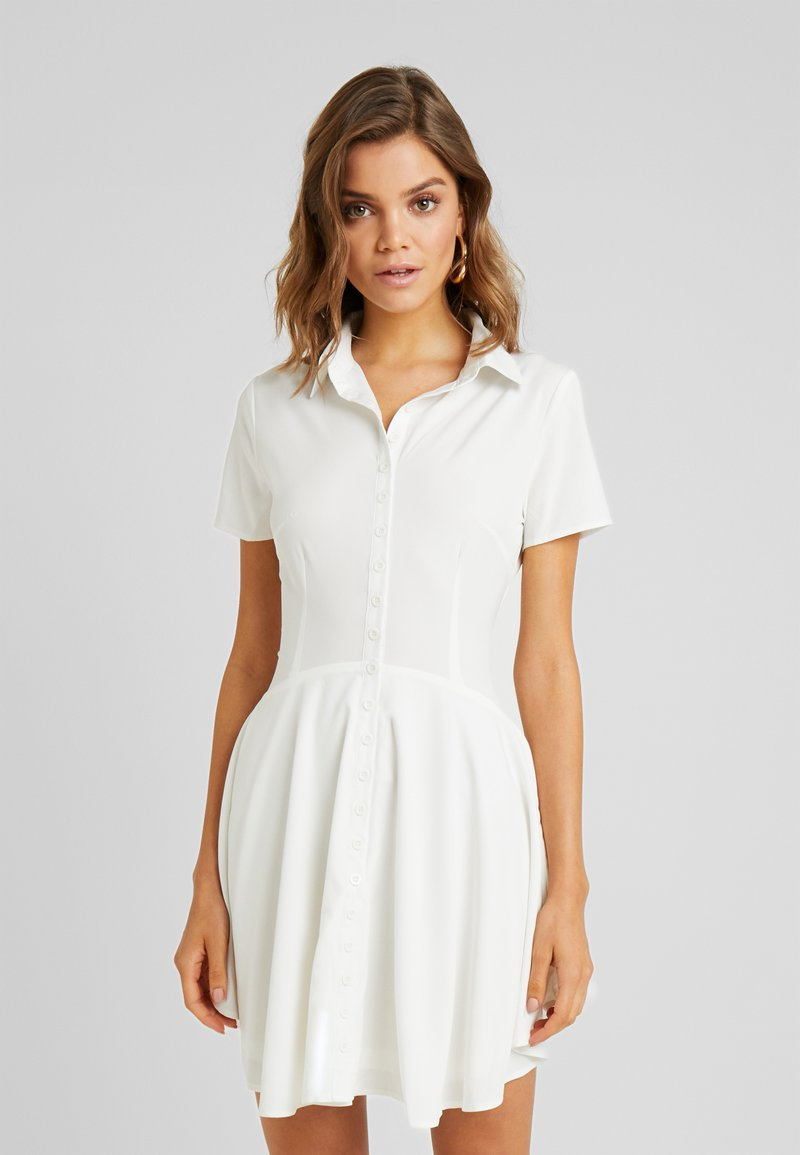 Missguided - BUTTON DOWN SKATER DRESS - Vestido camisero - white