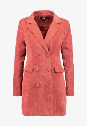 PURPOSEFUL BUTTONED BLAZER DRESS - Košilové šaty - coral