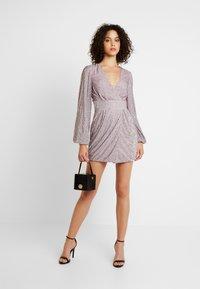 Missguided - EMBELLISHED WRAP TIE DETAIL BLOUSON SLEEVE MINI DRESS - Vestito elegante - lilac - 1