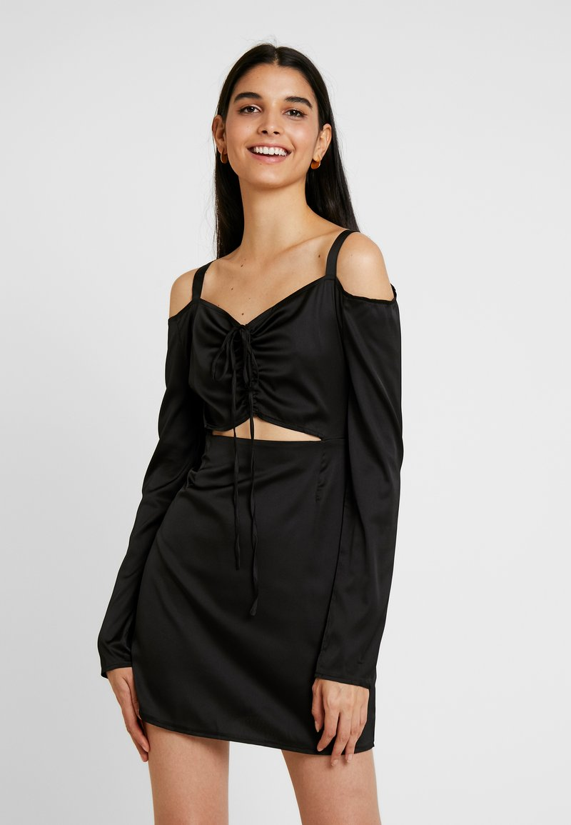 Missguided - COLD SHOULDER CUT OUT A LINE DRESS - Vestito estivo - black