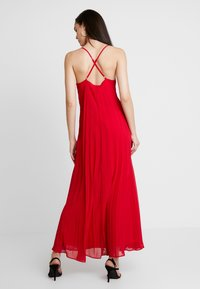 Missguided - STRAPPY PLEATED DRESS - Maxikjoler - red - 2