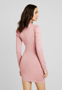 Missguided - PUFF SLEEVE MINI DRESS - Gebreide jurk - pink - 3