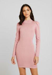 Missguided - PUFF SLEEVE MINI DRESS - Gebreide jurk - pink - 0