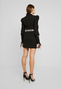 Missguided - CUFF EMBELLISHED BUCKLE BELT BLAZER DRESS - Kjole - black - 3
