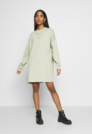 OVERSIZED SWEATER DRESS - Robe d'été - sage