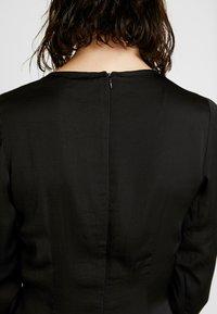 Missguided - LONG SLEEVE TWIST WRAP DRESS - Vestido largo - black - 6