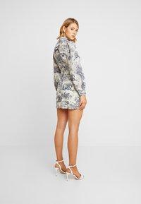 Missguided - CHINA PLATE ALINE SHIRT DRESS - Shirt dress - blue - 3
