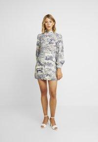 Missguided - CHINA PLATE ALINE SHIRT DRESS - Shirt dress - blue - 2
