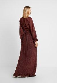 Missguided - FLORAL FRILL LONG SLEEVED DRESS - Vestido largo - red - 3