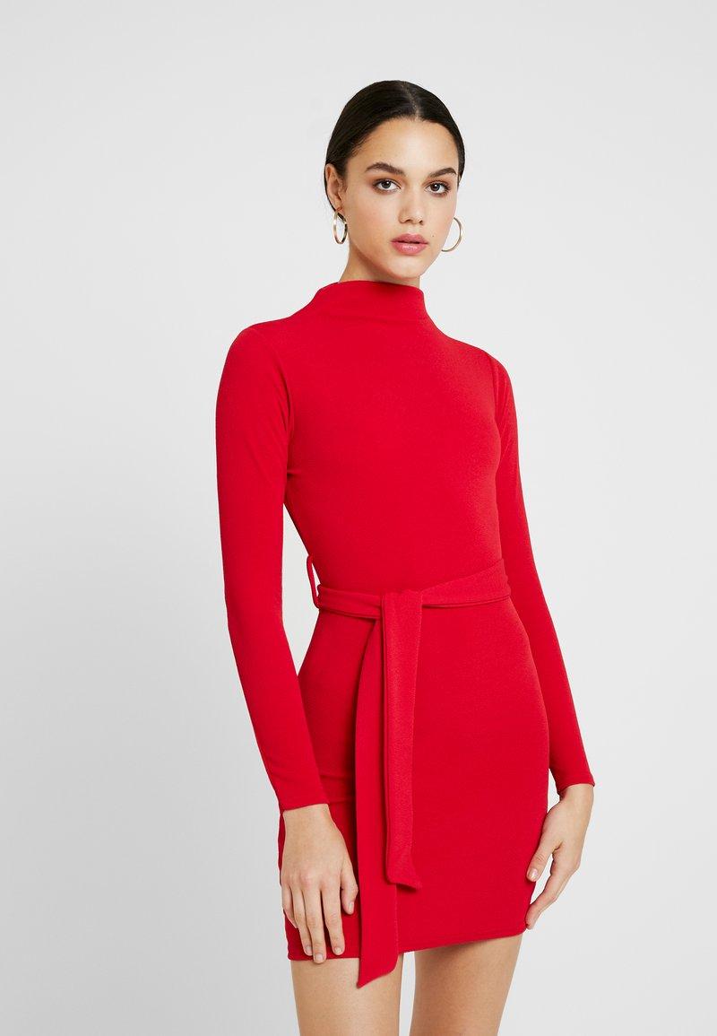 Missguided - LONG SLEEVE TIE WAIST MINI DRESS - Cocktailkleid/festliches Kleid - red